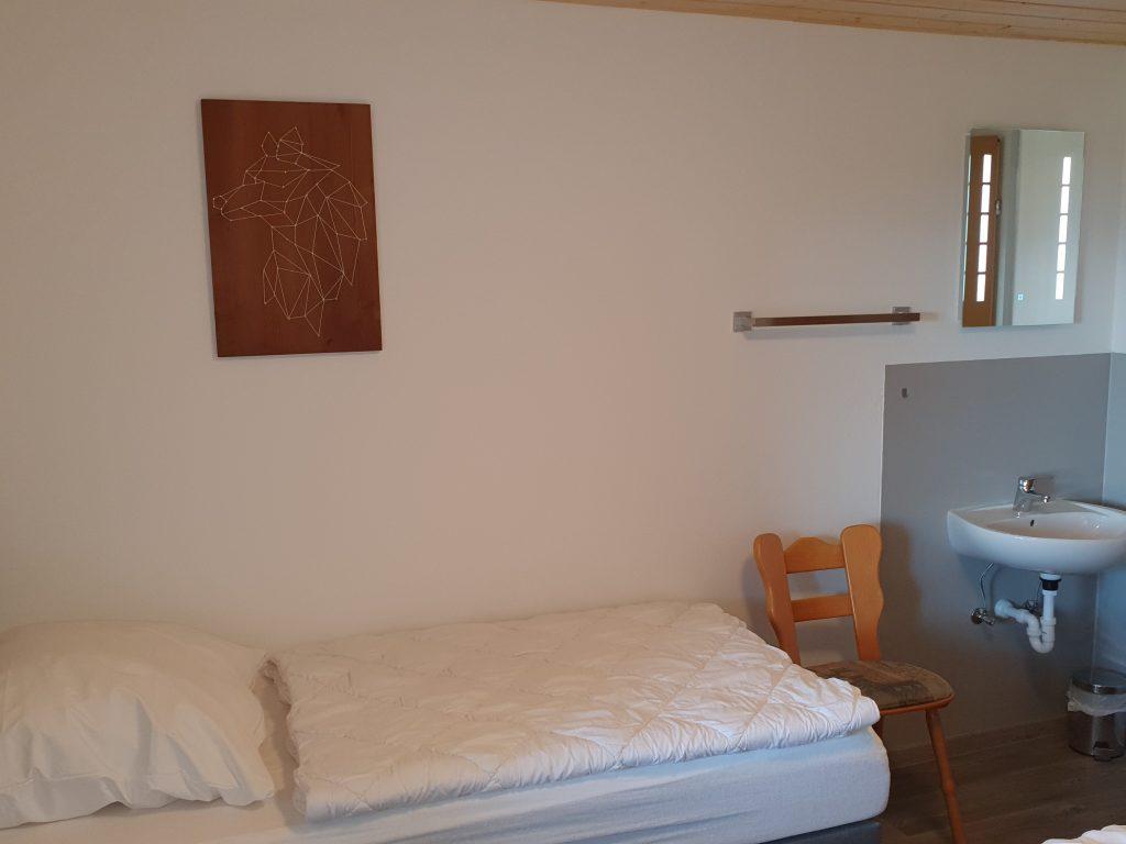 Zimmer 1 3-Bett-Zimmer Wolfshöhle 1