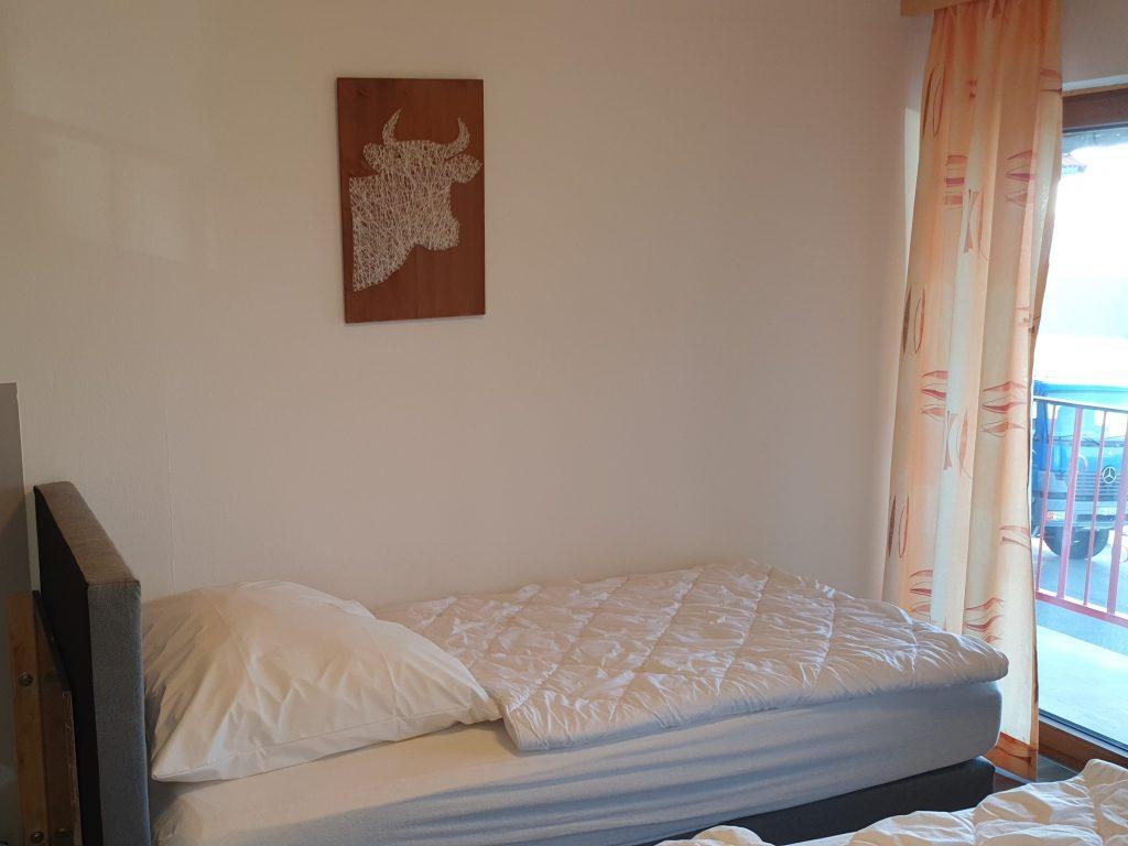 Zimmer 2 3-Bett-Zimmer Kuhstall 2