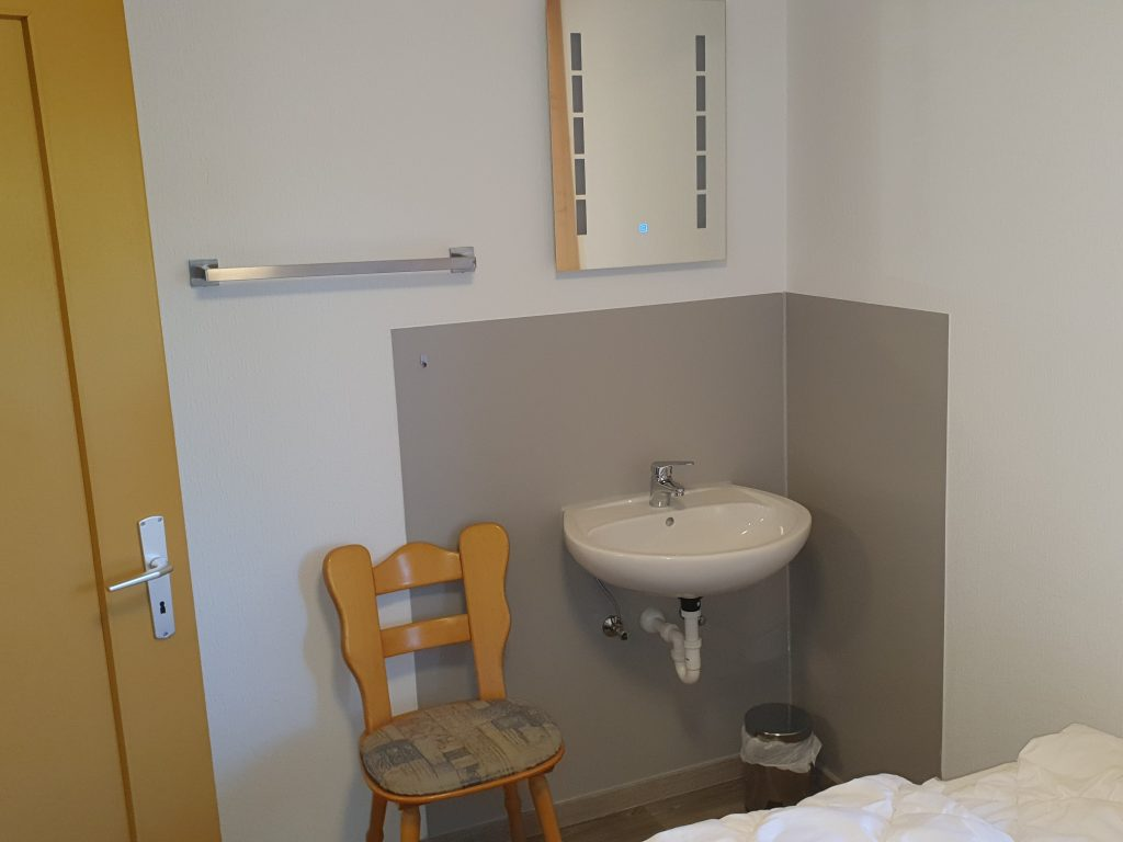 Zimmer 4 Doppelzimmer Gamssteig 2